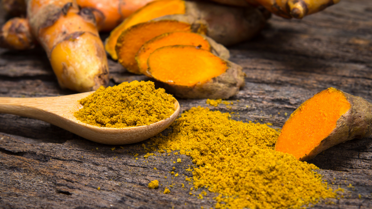 1. WHY EVERYONE IS TALKING ABOUT TUMERIC
